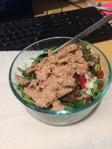 desk lunch salad