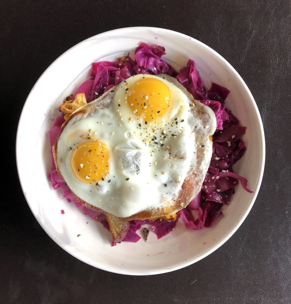 Braised Red Cabbage and Eggs